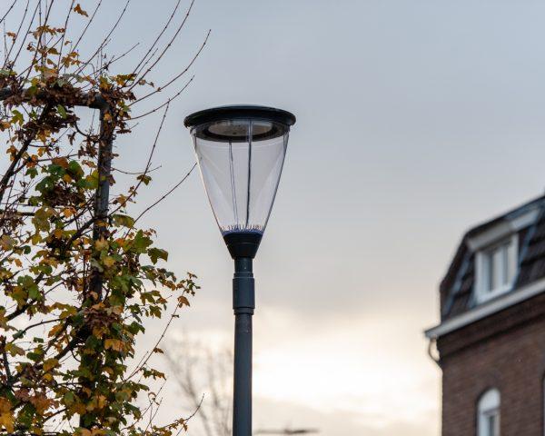 Світлодіодний консольний LED-світильник Schreder Flexia