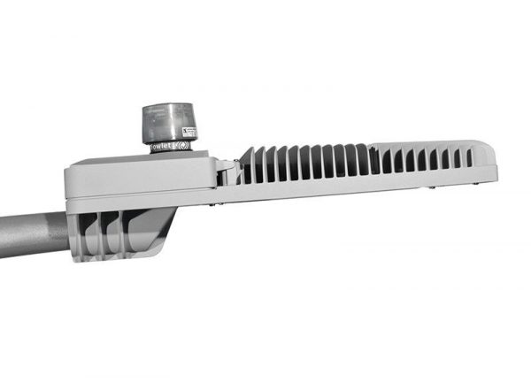 Світлодіодний консольний LED-світильник Schreder Avento 1-2