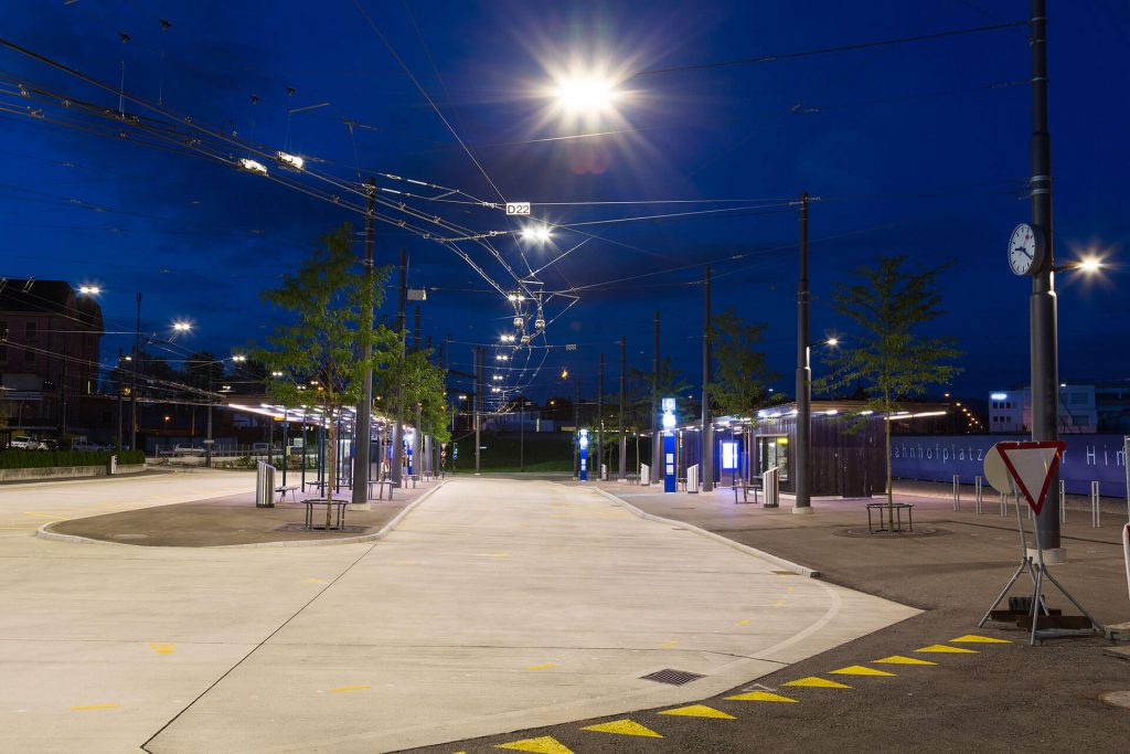 Світлодіодний підвісний LED-світильник Schreder Dexo