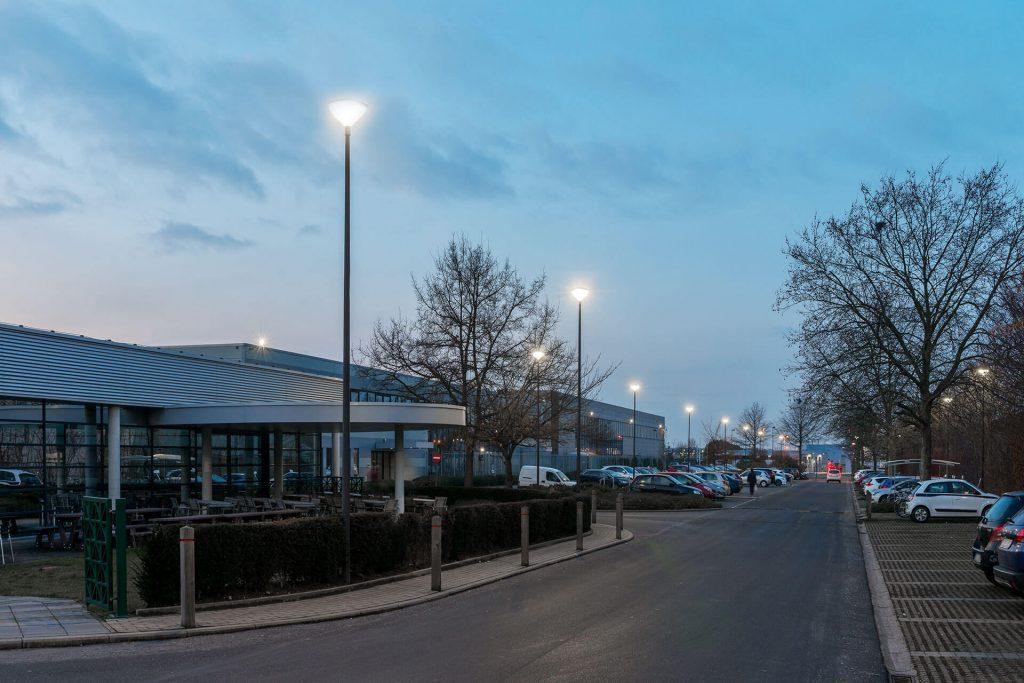 LED світильник парковий Schreder Friza