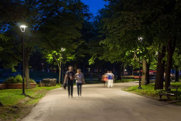Світлодіодні паркові світильники Schreder Isla